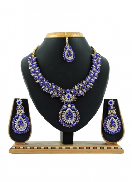 Regal Gold Rodium Polish Stone Work Alloy Necklace Set
