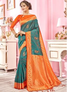 Resplendent Weaving Ceremonial Designer Traditional Saree