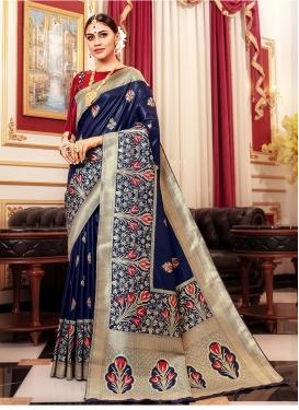 Superlative Weaving Navy Blue Art Silk Traditional Saree