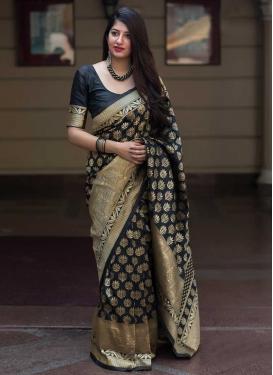 Thread Work Designer Contemporary Style Saree