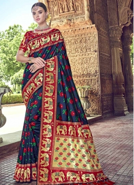Thread Work Traditional Designer Saree For Ceremonial