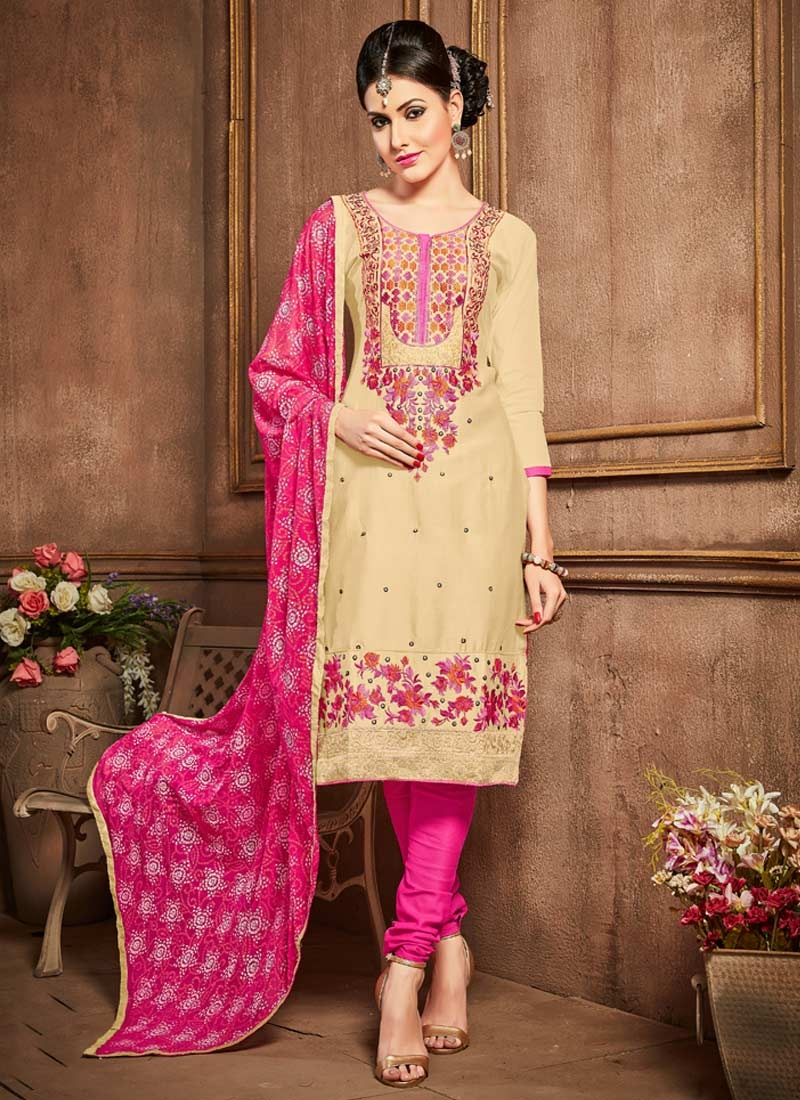Trendy Churidar Salwar Kameez For Ceremonial