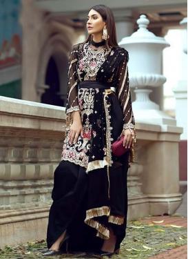 Trendy Pakistani Salwar Kameez