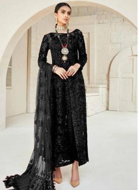 Trendy Pakistani Salwar Suit For Ceremonial