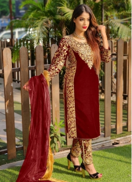 Velvet Pant Style Pakistani Salwar Kameez