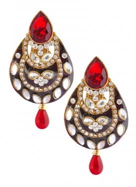 Versatile Stone Work Earrings For Ceremonial