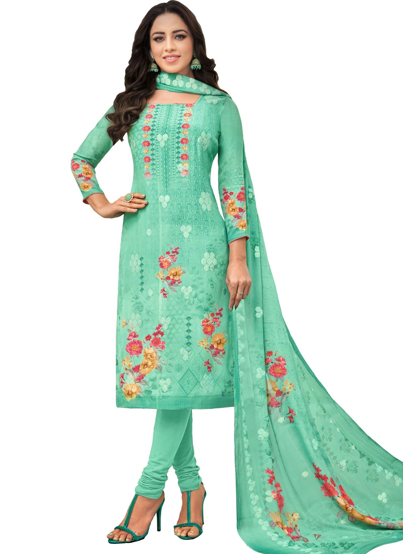 Viscose Trendy Pakistani Salwar Kameez For Ceremonial